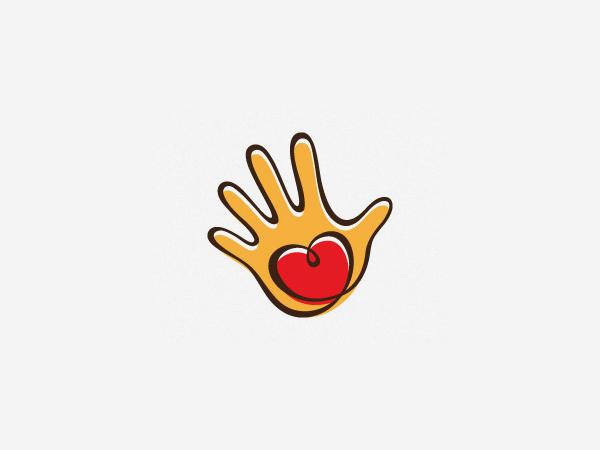 Heartmade Gifts Logo