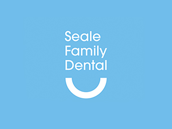 Seale Family Dental Logo