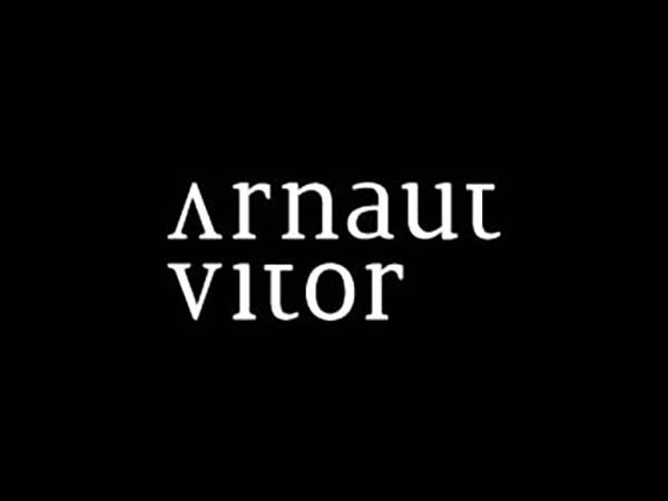Arnaut Vitor Logo